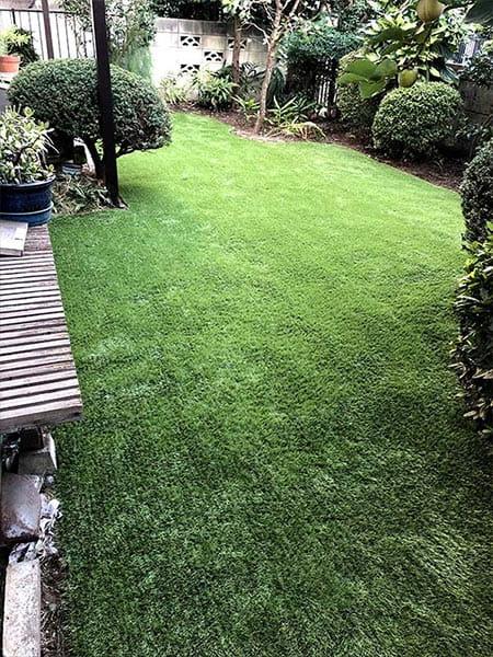 施工後:東京都東久留米市/天然芝から人工芝へ張り替え