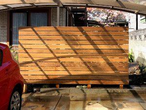 板張りフェンスの施工後